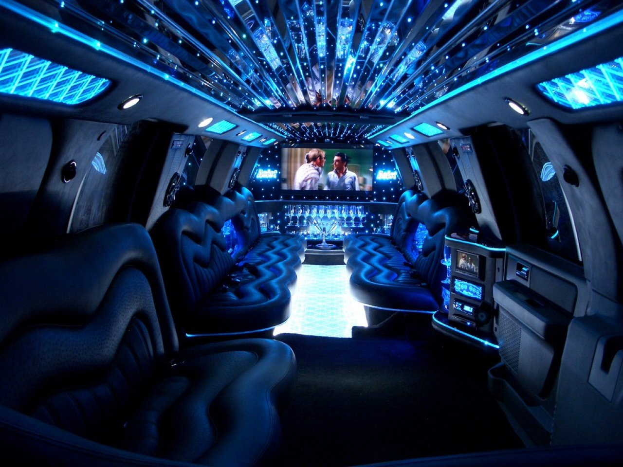 ford expedition  suv limuzina autosalon sedivy smejkal praha prosek